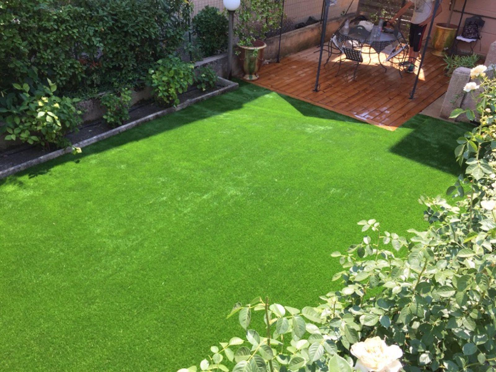 Comment Aménager Jardin Pas Cher aménager un jardin avec du gazon synthétique marseille